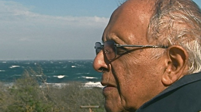 A Kathrada op Robben island